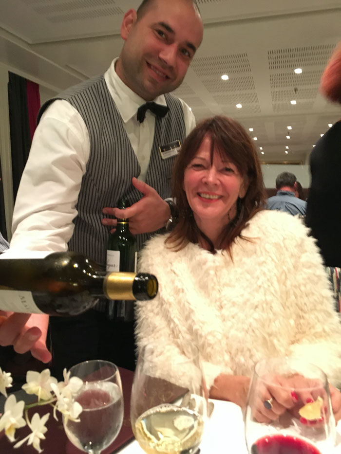 Wine Steward serving Ronda Wise in Bordeaux